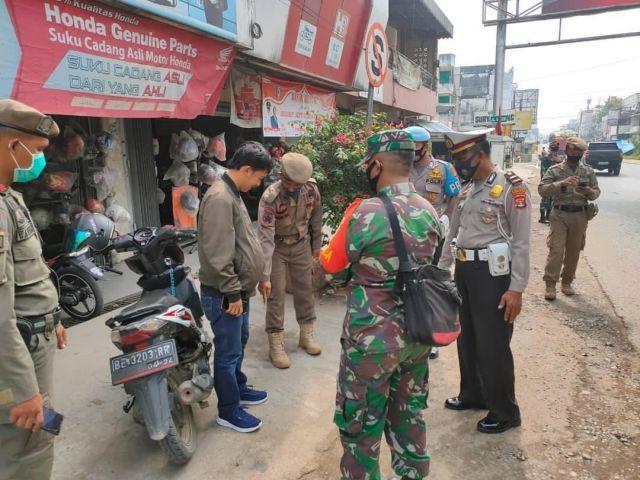 Operasi Yustisi di Simpang 4 Pasar Induk Pringsewu